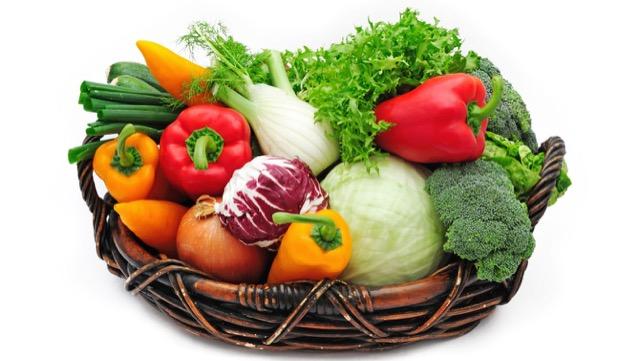 野菜の栄養価と価格、旬と旬以外の時期でどれくらい違うの?