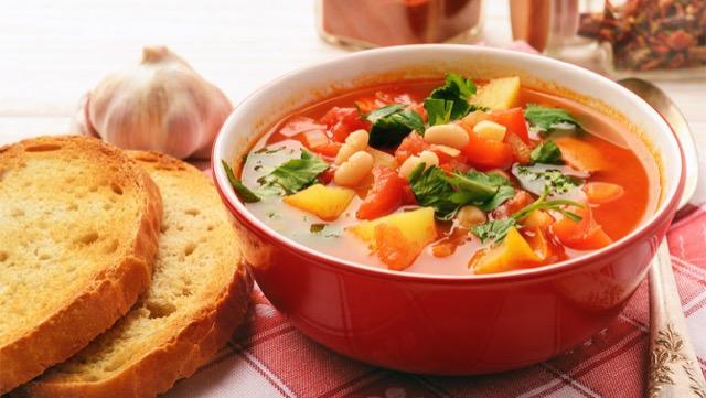 野菜の摂取量が足りている人、足りていない人では朝食が違う!?