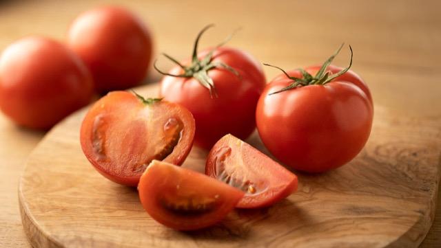 [かんたん!]トマトの保存方法と、切り方&皮むきのコツ