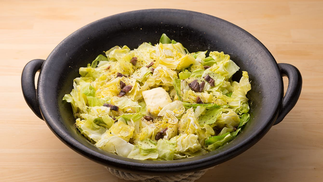 食感を楽しむ、キャベツのイタリアン鍋