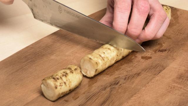筒切り:しっかりと火を入れる煮物に向いている