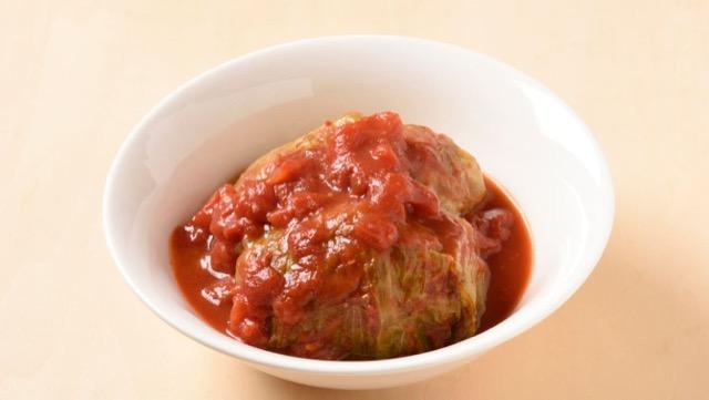 レタスで煮込み肉団子 トマトスープ煮