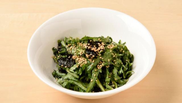 春菊と韓国海苔のサラダ