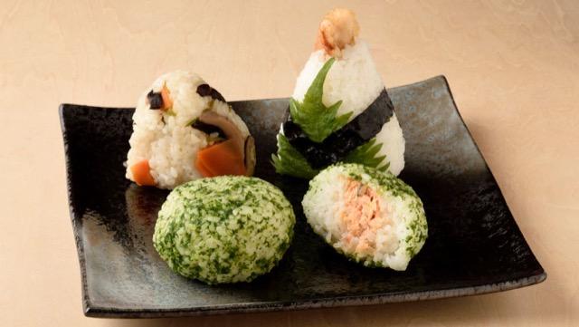 [野菜を具に使ったおにぎりレシピ]しそやパセリ、椎茸など3選