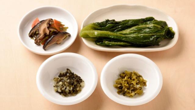 高菜や椎茸など特産物を具材に使うご当地おにぎり