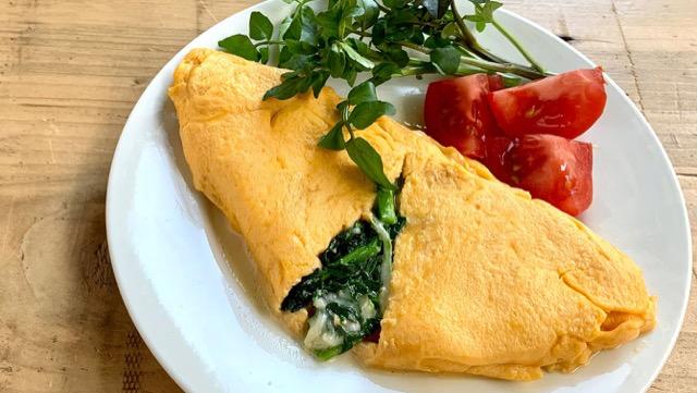 チーズとクレソンが溶け出す…。トロふわオムレツのレシピの画像