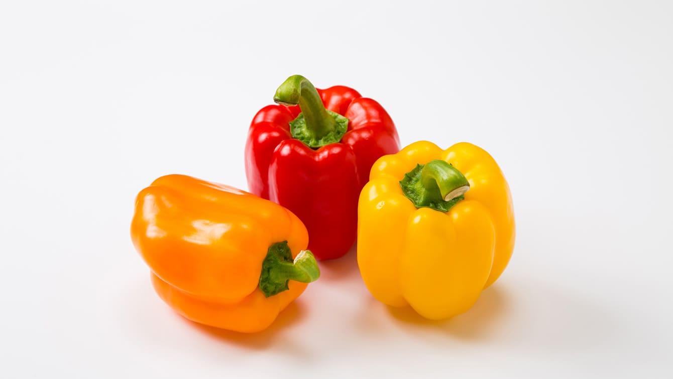 パプリカ サラダや炒め物にも使える 含まれる栄養とは カゴメ株式会社